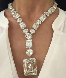 Very Large Transparent 560.00 Carat Cubic Zirconia Handmade 925 Silver Necklace