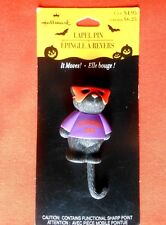 HALLMARK Halloween PIN MASKED BLACK SCAREDY CAT w MOVEMENT LAPEL PIN BROOCH-NOC