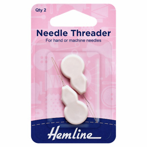 Hemline Plastic Needle Threaders x 2 H234