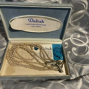"""Vintage 1959 Deltah World's Finest Simulated Pearls with original Case 6""""x4""""x1"""""""