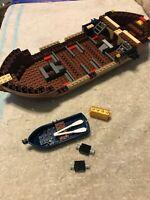 2009 LEGO 6243 BRICKBEARD'S BOUNTY PARTS LOT - INCOMPLETE - NO MINIFIGURES