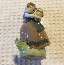 Lladro Spain Porcelain Figurine 5223 Spring Is Here Girl With A Flower Pot