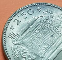 @ESTRELLA TRUCADA@ 2,50 PESETAS 1953 * 19/70 moneda de Latón España FRANCO 1970