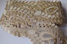 Ajuste del cordón trenzado indio atractiva con patrón de Paisley Oro-Vendido Por Metro