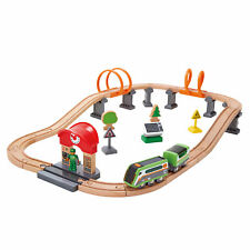 Hape E3762 Solar Power Circuit Train Set Bois Plastique Railway Enfants Âge 3yrs...