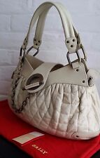 AUTHENTIC BALLY LEATHER LARGE 'MOREEN T' BAG IN PEARL, NEW. RRP $2110 AUD