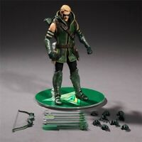 Green Arrow Action Figure Mezco One:12 DC Comics High Quality Toy With Box