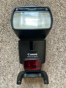 Canon 430EX II Shoe Mount Flash in original box, complete with case and stand