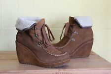 TAN SUEDE WEDGE HEEL ANKLE BOOTS SIZE 5 / 38 BY ROCKET DOG USED CONDITION