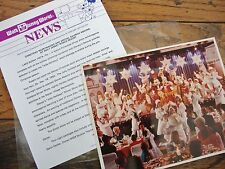 Walt Disney World NEWS '92 Press Release *Christmas Merrymaking* Photo FREE Ship