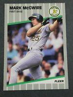 1989 FLEER #17 MARK MCGWIRE Oakland Athletics Mint Condition!