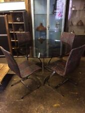 Vintage/Retro Up to 6 Seats Table & Chair Sets