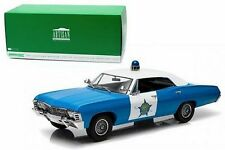GREENLIGHT 1:18 ARTISAN COLLECTION 1967 CHEVROLET BISCAYNE CHICAGO POLICE (CPD)