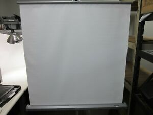 Da-Lite 40in x 40in Portable Projector Screen with Stand
