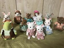Lil Woodzeez And Calico Critters LOT Family