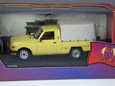 IST Models 030 Wartburg 353 Pick-up beige 1977 in 1:43 in OVP
