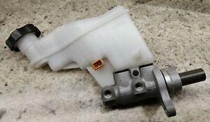 OEM Kia Forte Brake Master Cylinder 58510-A7200