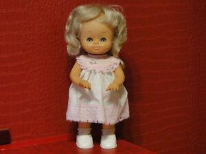 Belle Poupée blonde marcheuse  de FAMOSA  de 35 cm