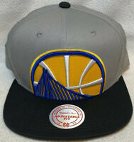 MITCHELL & NESS Golden State Warriors Dubs Cropped Logo Snapback Hat Cap NBA