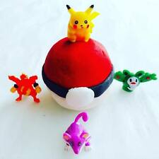 Pokeball - Pokemon - Poke Ball- Bubble Bar - Lush Type - toy inside