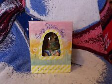 """Spring Water Globe - Playing """"Easter Parade"""" - Egg Shaped Dome A0499"""