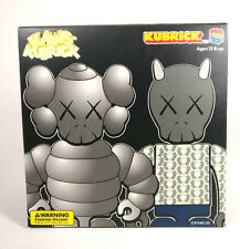 KAWS Bus Stop Set #3 100% Kubrick Set by Medicom Toy NEW