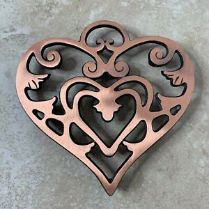 Pampered 2007 Chef Cast Iron Trivet Heart Copper Round Up from the Heart 0407