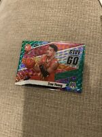 2019-20 Trae Young Panini Mosaic Basketball GIVE And GO Green SP Insert #4