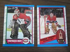 1989-90 O-Pee-Chee 2 card lot (B23) Patrick Roy # 17 & # 322
