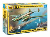 Zvezda 7283 Soviet Dive Bomber PETLYAKOV PE-2 Model Kit 1/72