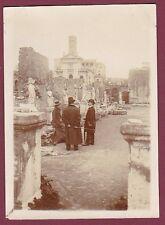 PHOTO - 160513 - ITALIE ROME - allée de statues antiques