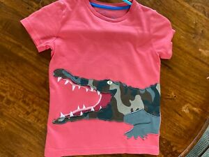 Mini Boden boys washed red alligator T-shirt 6-7