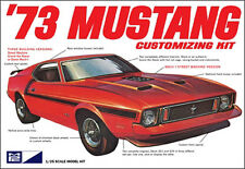 MPC 846   1973 Ford Mustang Fastback Customizing plastic model kit 1/25