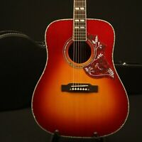 Hummingbird Acoustic Guitar Solid Spruce Top Bone Nut &Saddles Cherry Sunburst