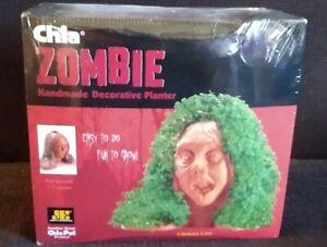 Chia Zombie Pet Home Planter Seed Kit Lifeless Lisa Walking Dead Fans-NEW IN BOX