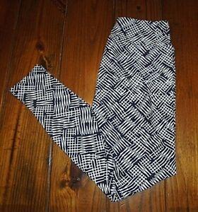 LuLaRoe Leggings OS One Size Black with White Stripes BNWT