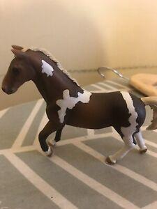 SCHLEICH RETIRED TRAKEHNER Stallion  2013