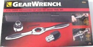 GearWrench 82806 Large Ratcheting Tap & Die Driver Set