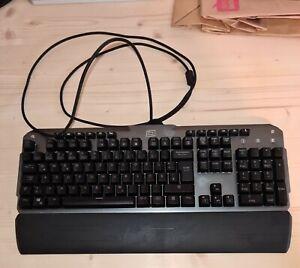 GRBAUCHT - Lioncast LK 300 RGB Gaming Tastatur