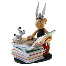 Asterix next to pile of comics Collectible Resin Figure, Figurine by Plastoy NEW