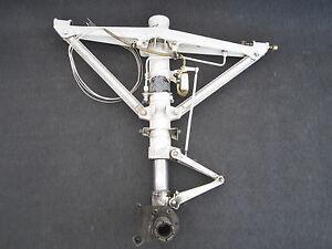 Beech Baron LH Main Landing Gear Assembly, P/N 96-810002-619