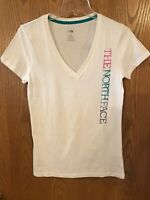 The North Face Womens Size Small Standard Fit V Neck T Shirt NEW