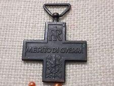 Croce al merito di guerra in bronzo Repubblica Italiana.