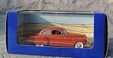 Voiture TINTIN Atlas réf. 010. la Buick rouge de Tintin au Pays de l'Or Noir.