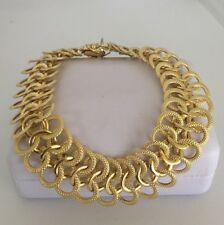 Stunning Classy Lovely textured smooth 18KY Gold Ladies bracelet Italian Made