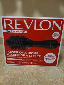 Revlon One-Step Hair Dryer & Volumizer Hot Air Brush Pink