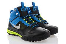 Nike Herrenschuhe mit Schnürsenkeln
