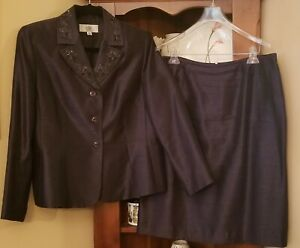 Womens Skirt Suit Grey, Size 12 Petite, 2-Piece Set (Pre-Owned)
