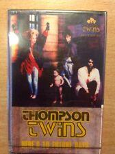 THOMPSON TWINS HERE'S TO FUTURE DAYS' MUSICASSETTA NUOVO D'EPOCA RIMANENZA