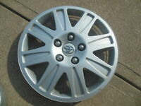 1 Toyota Matrix Hubcap Wheel Cover 2011 2012 2013 2014 2015 Hub Cap 42602-YY070